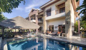 Private villa for sale in Jumeirah Islands, Dubai