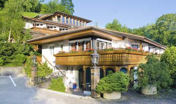 Готельний комплекс для продажу на озері Тун
