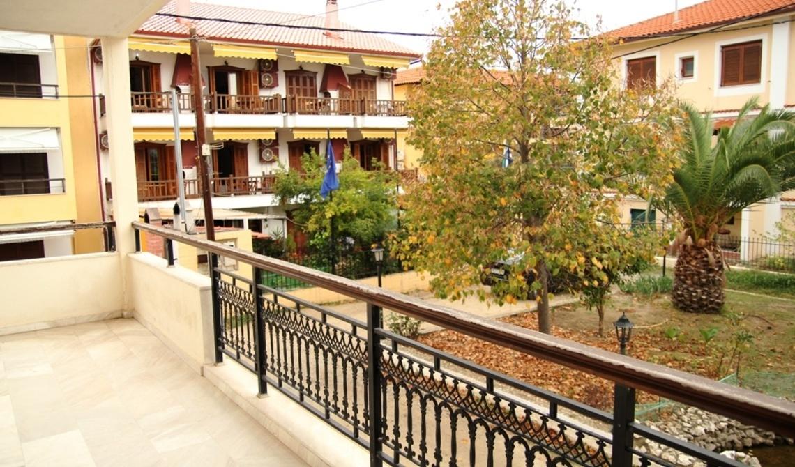 Prices 1komn apartment in Island Ierissos